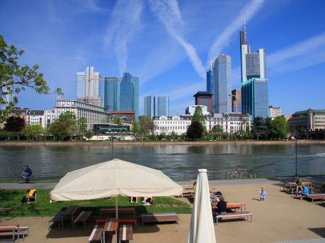 city-beach Frankfurt - © Heino Pattschull - stock.adobe.com