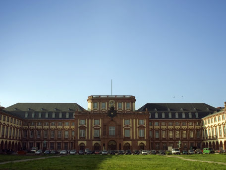 Das Mannheimer Schloss - © PedroEdwards / 2016 Thinkstock.