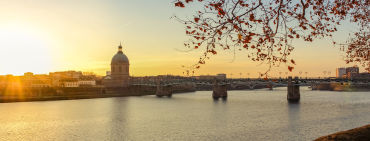 Sonnenuntergang in Toulouse - © Leo_Dang / 2016 Thinkstock.