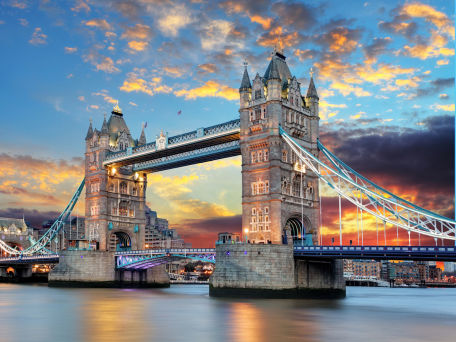 London mit Ausblick Tower Bridge und Themse - © TTstudio/Fotolia.com