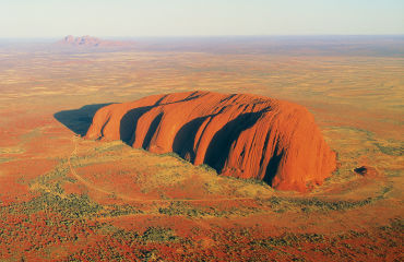 Ayers Rock von oben - © paylessimages/Fotolia.com